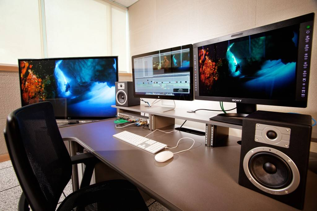 how to use cgi in final cut pro